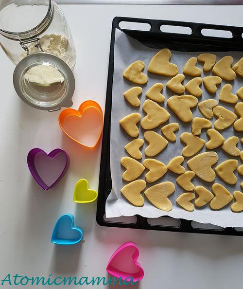 Biscotti a cuore di pasta frolla