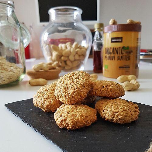 Biscotti al burro d'arachidi tre ingredienti